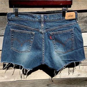 🌻Levi's 515 Cutoff Jean Shorts | Size 10 {J6}